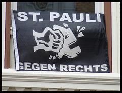 "Flagge ""St. Pauli gegen Rechts"""