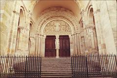 Autun, Saint Lazare