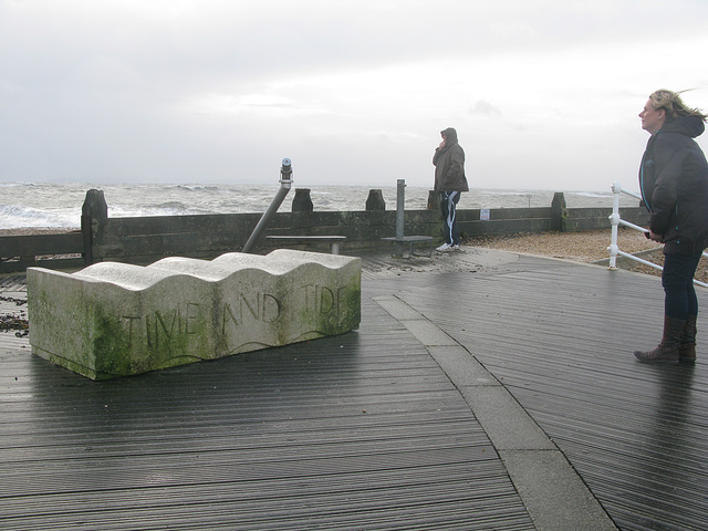 Time and Tide - A concrete bench with sea view