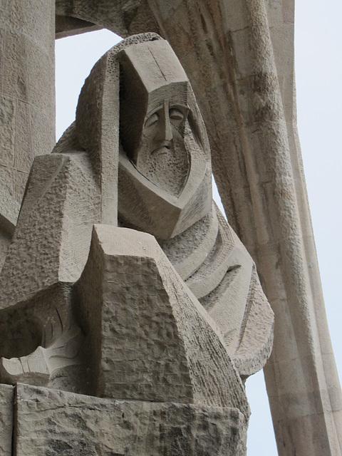 Exterior stauary, Basilica of Sagrada Familia