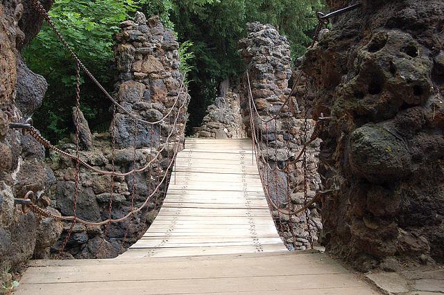 ĉenponto (Kettenbrücke)