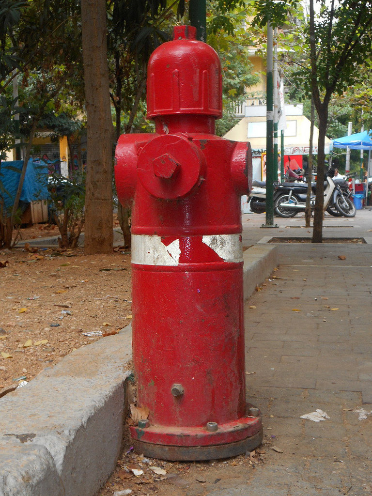 Fire hydrant Exarcheia (1)