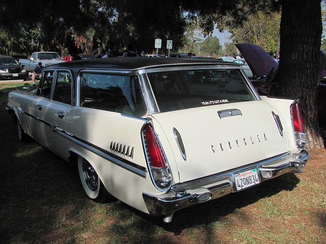 1958 Chrysler New Yorker Wagon