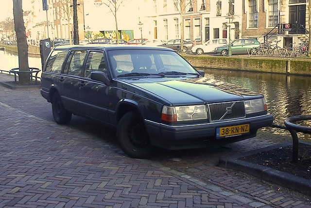 1996 Volvo 945