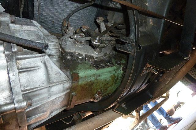 1967 Mercedes-Benz L319 – 711.113 five-speed transmission