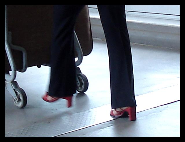 Dame Casino en talons hauts / Casino Lady on heels.
