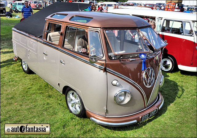 Image gallery 1960 volkswagen transporter for 1963 vw samba t1 21 window split screen campervan