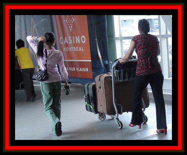Dame Casino en talons hauts / Casino Lady on heels - Photo originale