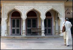les trois portes