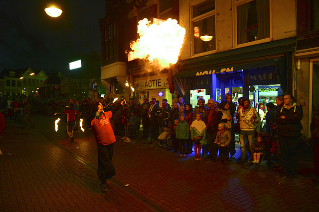 Taptoe on October 2 – Fire breather