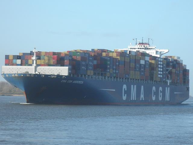 Containerschiff  CMA  CGM  ANDROMEDA
