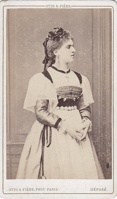 Emma Mauduit by Otto & Fière