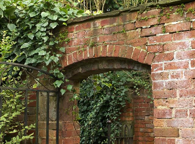 Arched gateway in Ledbury