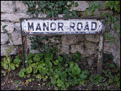 Manor Road street sign
