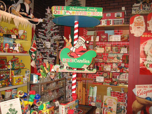 Christmas Merchandise, Woolworth's Store Display at the National Christmas Center