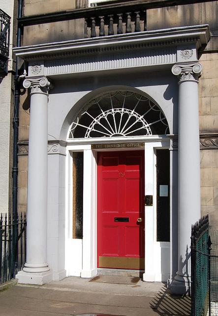 Doorcase at No.26 Forth Street, Edinburgh