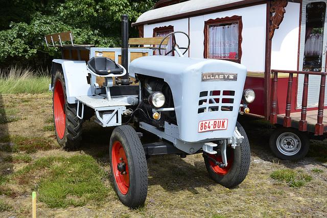Oldtimerfestival Ravels 2013 – Allaeys tractor