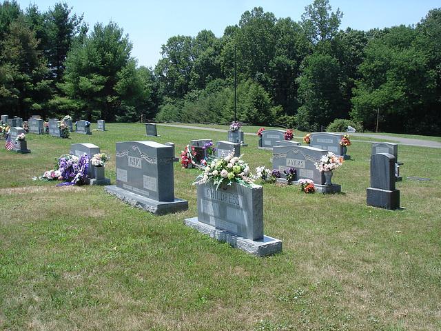 Fleurs funéraires / Funeral flowers display.