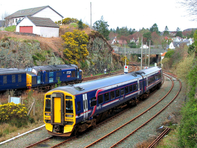 37 229 awaits departure from Kyle