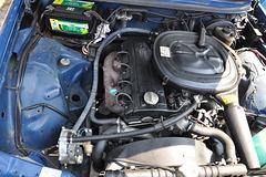 Mercedes-Benz M102 engine with LPG setup