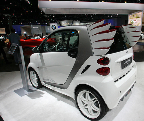Jeremy Scott Smart Car (3659)