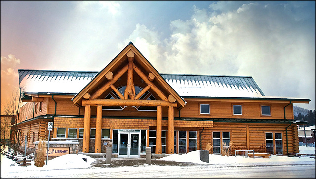 Public Library in 100 Mile House, BC