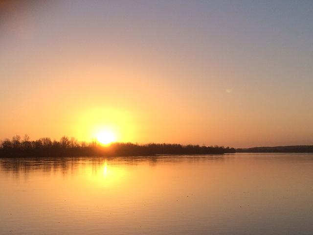 Au petit matin sur la Loire entre Angers etSaumur