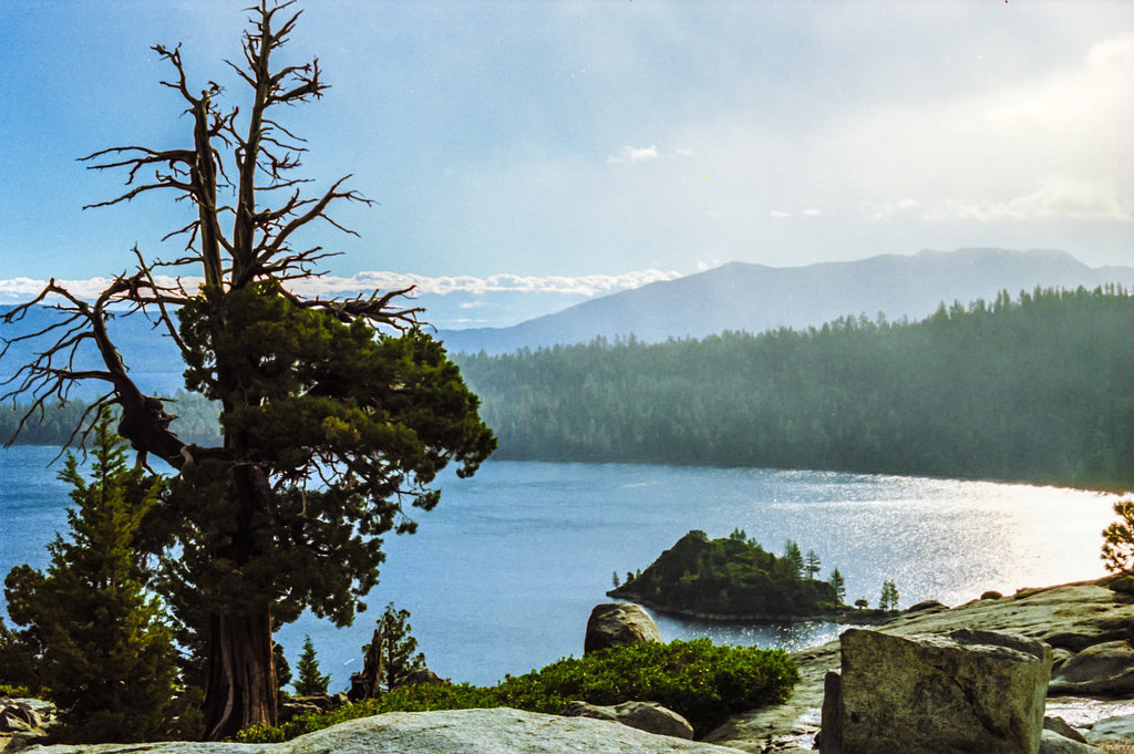 Emerald Bay 1989 (090°)