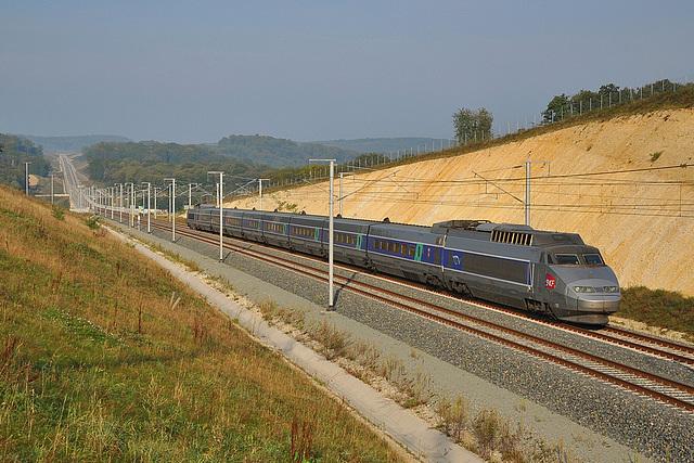 TGV matinal à Bussurel
