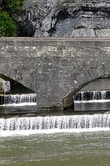 Au bord du Lot, vers le pont Valentré (Cahors, Lot, France)