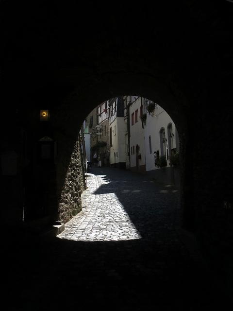 Burg-Gasse