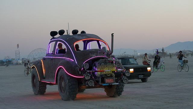 Camp Walter's VW Bug On The Night Of The Temple Burn (4753)