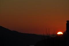 Al ponerse el Sol.