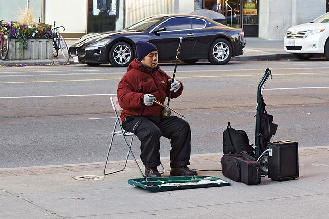 The Erhu Player – Bloor Street, Toronto, Ontario