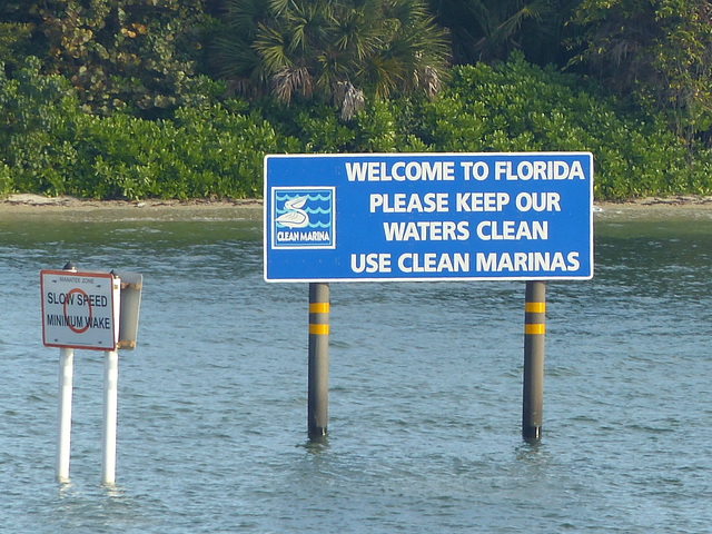 Use Clean Marinas - 26 January 2014