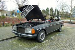 1982 Mercedes-Benz 300D