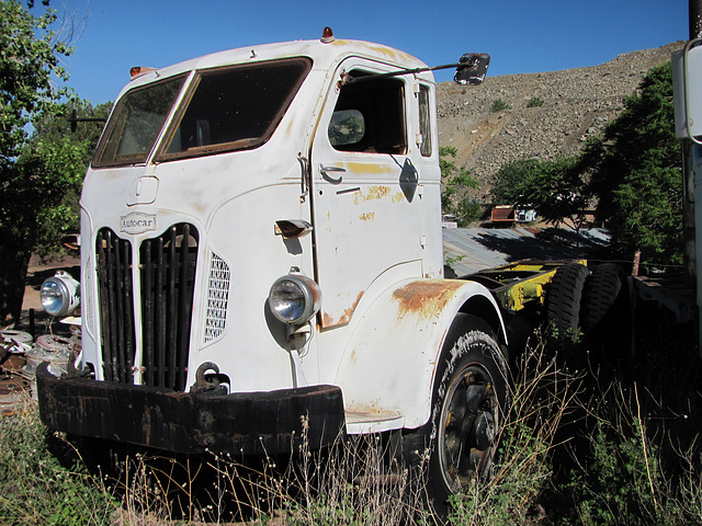 ipernity: 1952 Autocar COE (cab over engine) Truck - by 1971 Dodge Charger R/T Freak