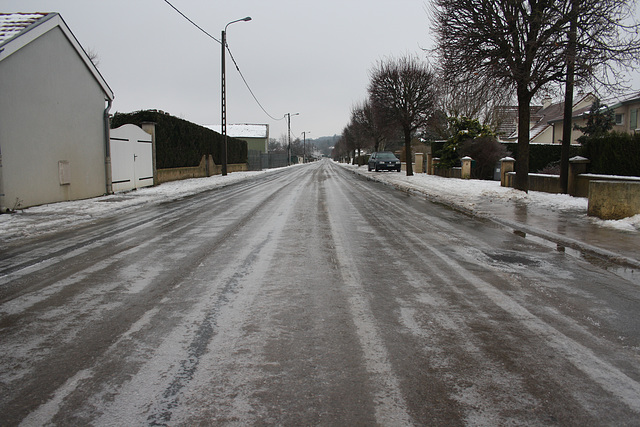 route très verglassée
