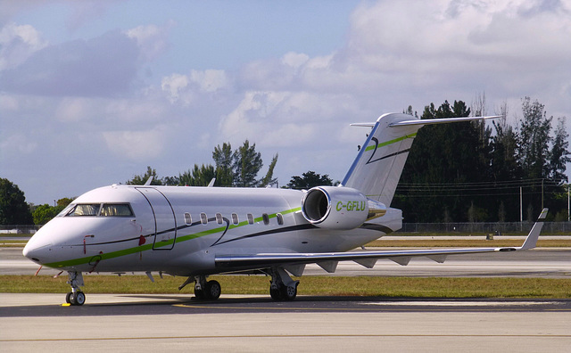 Challenger C-GFLU at Opa Locka - 2 February 2014