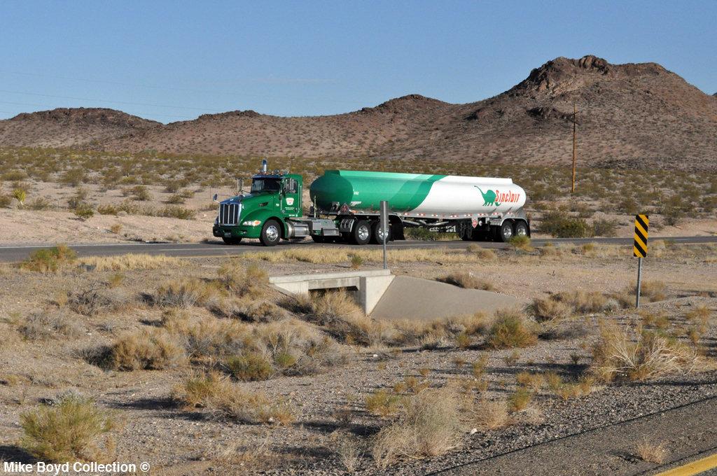 sinclair trucking pb 386 tanker us93 willow beach az 07'14