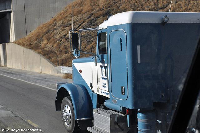 t&t trucking pb 389 bulk tanker dbls ca sr99 mcfarland ca 07'14 02