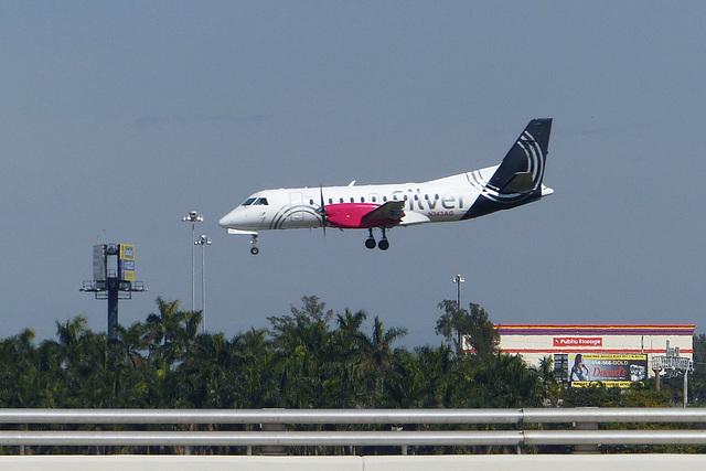 N343AG landing at FLL - 26 January 2014