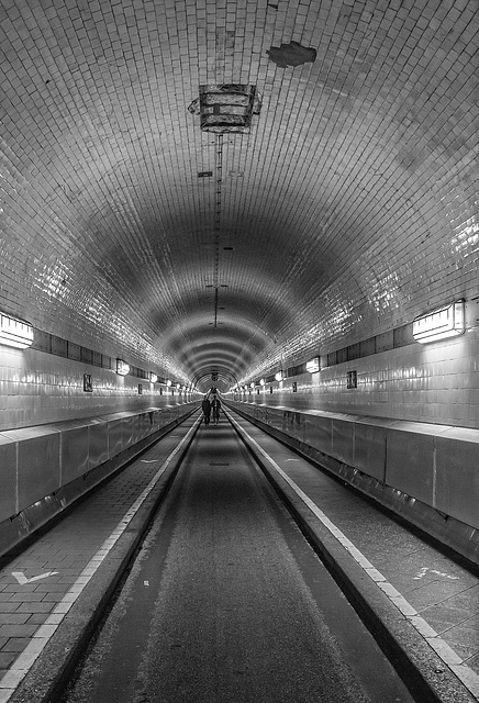Tunnel View - Hamburg, Alter Elbtunnel (180°)