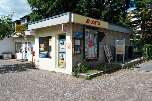 Kiosk in Rissen -- kiosk-1180988-co-15-06-14