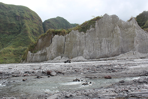 Driving Down, Mt Pinatubo