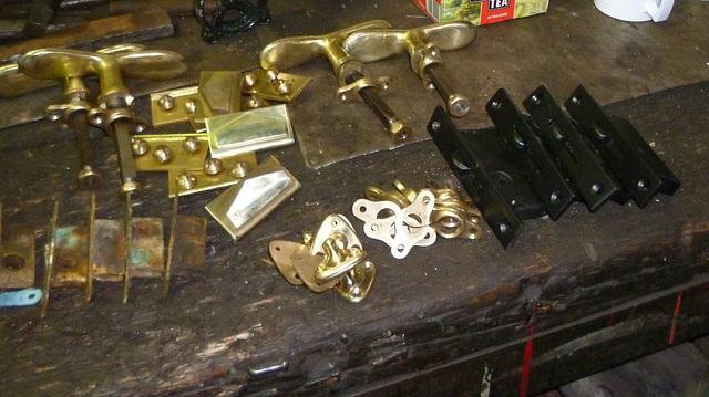 NSR 127 - brassware