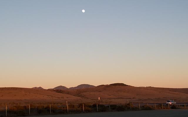 CA-1 Piedras Blancas moon (1176)