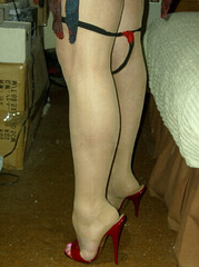 Carla !!!!!!!  Boot sand High Heels stance / Jambes sexy sur talons extrêmes.