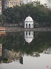 Pavilion by tank near Chowringhee