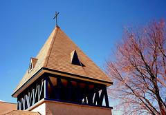 Le clocher nous invite...